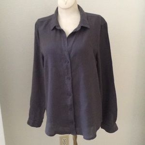 Cloth & Stone dark washed gray shirt/ blouse